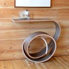 meja melengkung